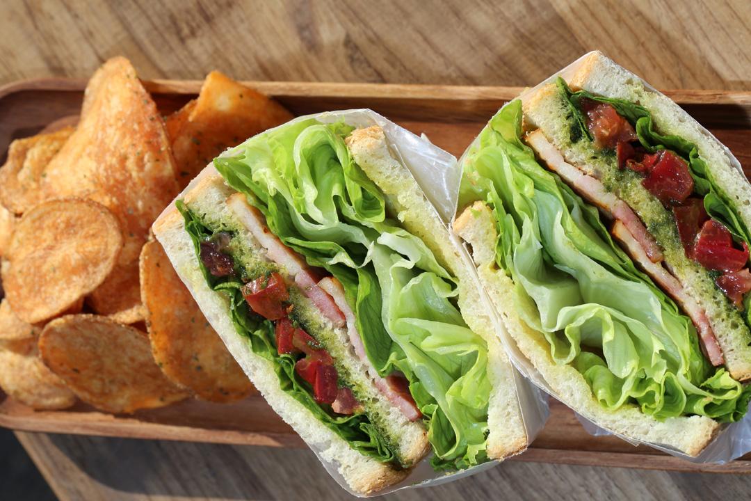 B.L.T-Sandwich(B.L.T-サンドイッチ)レンカフェ(LENN-CAFE)1